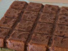 Gâteau léger au chocolat et petit suisse WW