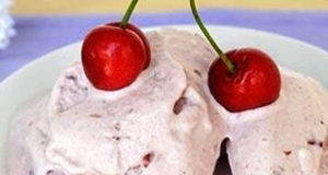 Glace légère aux cerises et yaourt WW