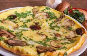 Omelette aux champignons et fines herbes