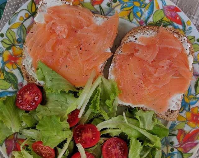 Tartines fraîcheur au saumon fumé WW